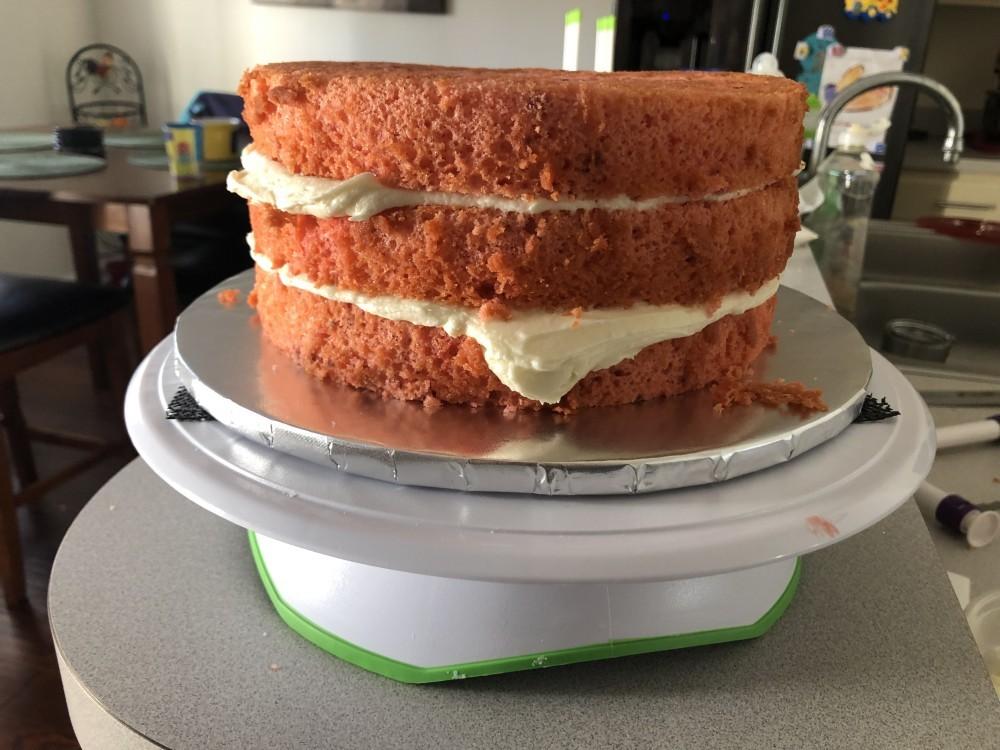 stacking a cake